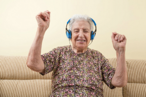 How Music Therapy Improves Quality of Life for Seniors with Dementia