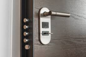 Digital door locks opens the door, pun intended, to a world of convenience. Learn the problems regular keys pose that most people don't notice anymore.